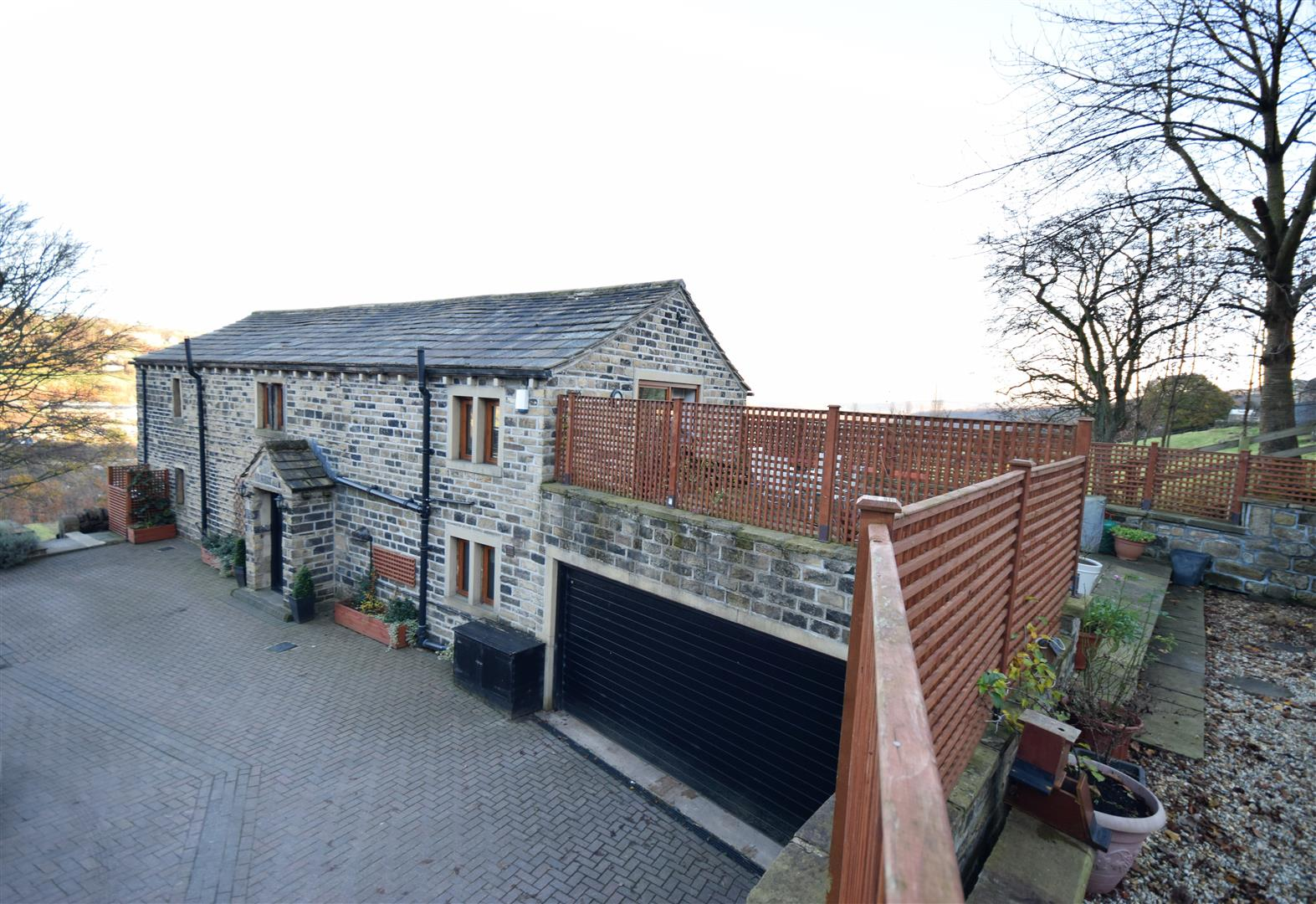 Milner Royd Cottage, Off London Road, Norland, Sowerby Bridge, HX6 3QY